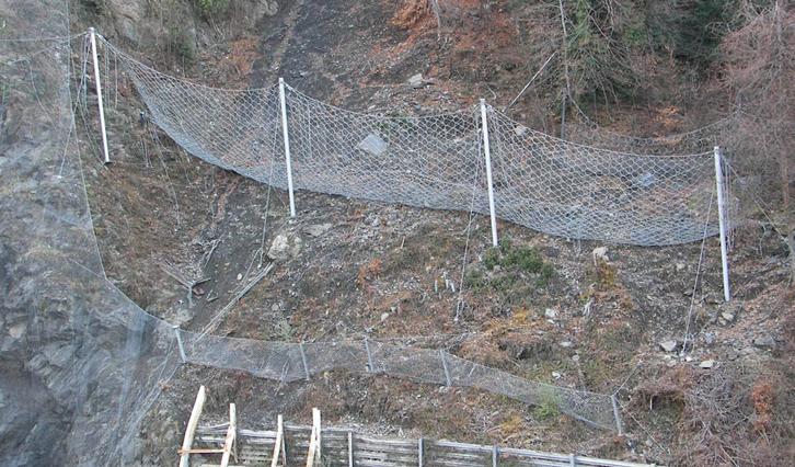 Barrières pare-pierres, Scope